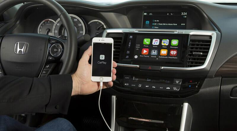 Смартфон в авто